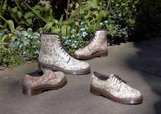 Dr Martens Paisley & Topos Hair Boots