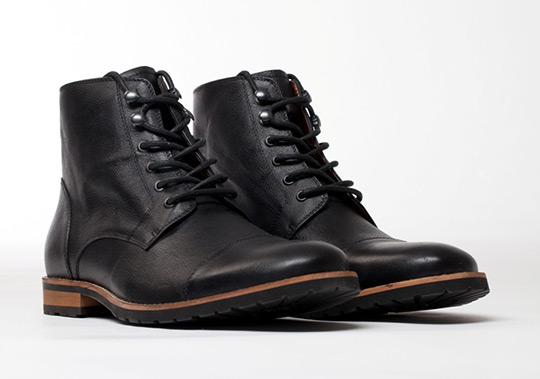 Amsterdam Shoe Company Regency Cap Toe Boot